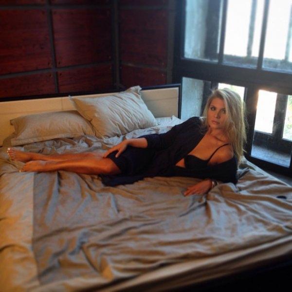 Фото эротической фотосессии 22 фотография